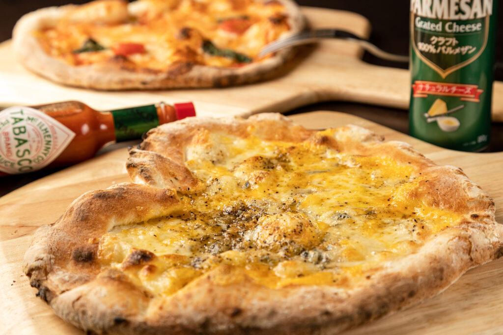 4種チーズピザ